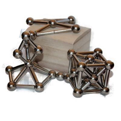 Set 90: Neodymmagnete und Stahlkugeln im Holzkästchen